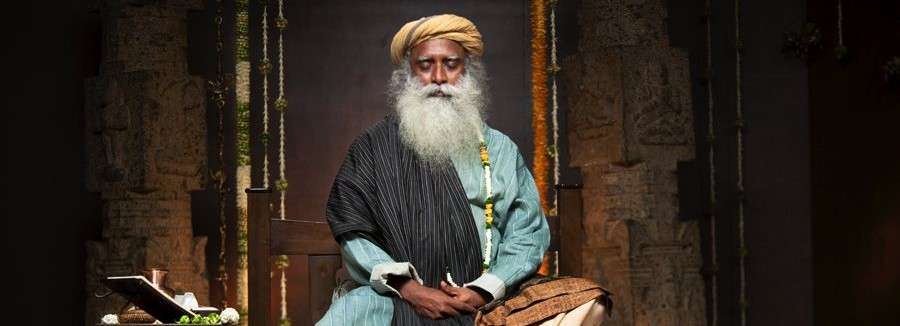 Sadhguru-Feature-IshaNews-June-2011