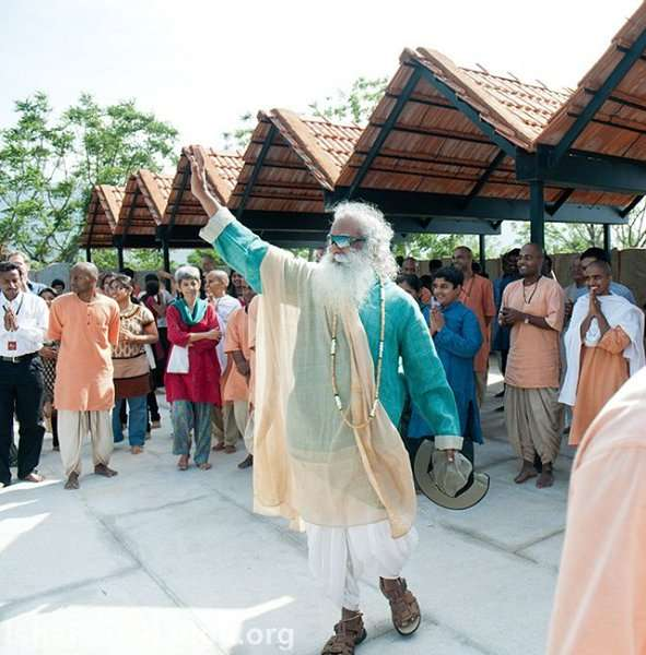 Sadhguru says good bye