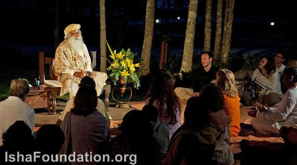 Sathsang with Sadhguru at iii