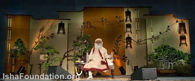 Sadhguru on the dais - Nagercoil Mega Program