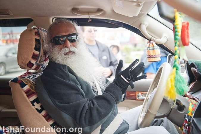 Sadhguru takes the rough road to Kailash