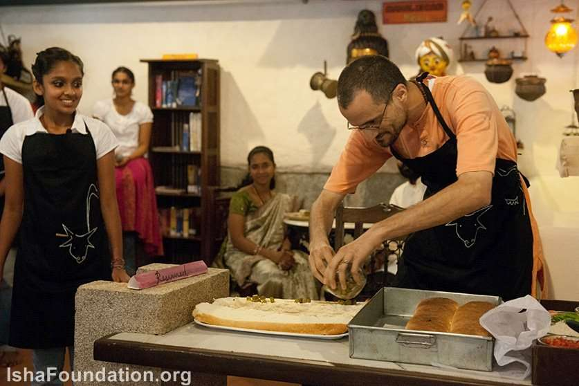 Swami prepare the Meal