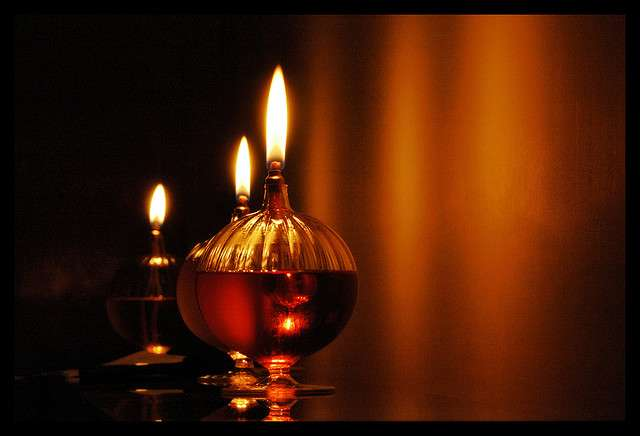 Significance of Lighting Oil Lamps