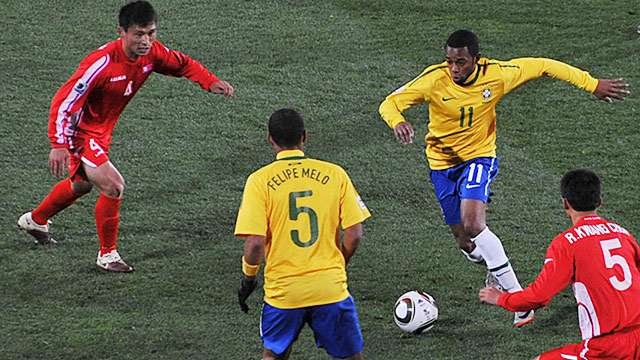 FIFA_World_Cup_2010_Brazil_North_Korea_9