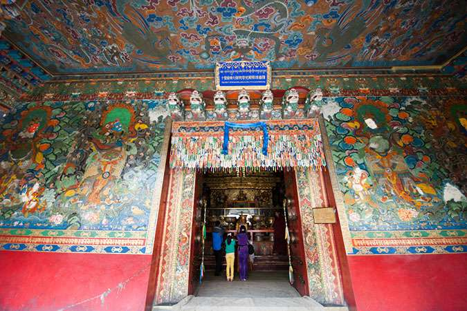 A Visit to the Tashilhunpo Monastery