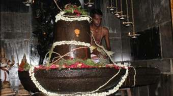 Ardhanarishvar-Linga-During-Process