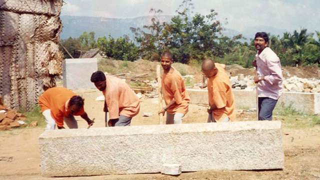 dhyanalinga-construction-3