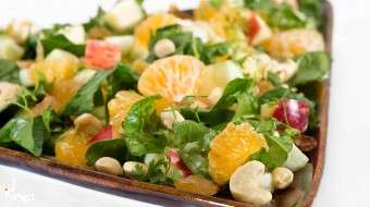 Palak and Fruit Salad Recipe