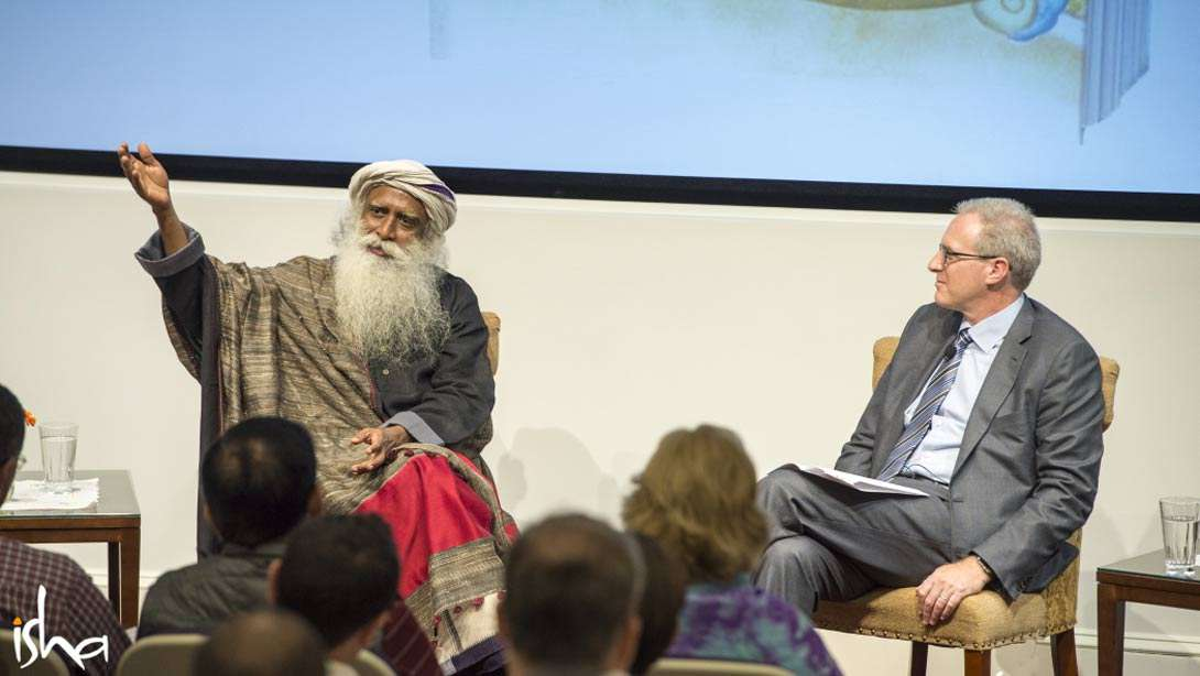 """Sadhguru in conversation with Jonathan Coslet, Chief Investment Officer of TPG Capital, on """"West meets east"""" at Harvard University"""