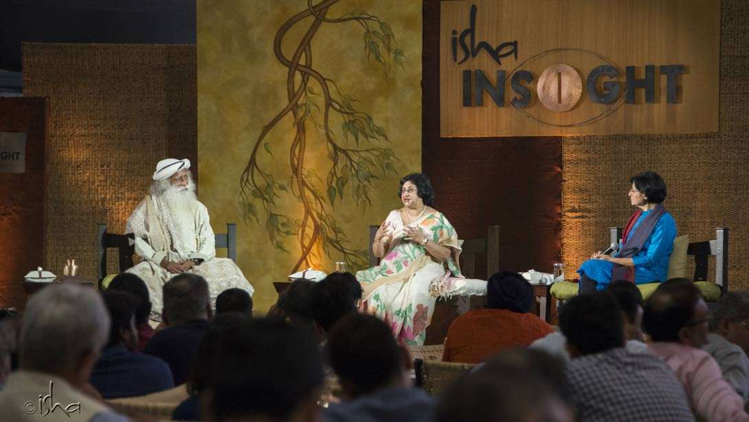 Keynote session with Sadhguru; Arundhati Bhattacharya, Chairperson, State Bank of India; Vinita Bali, Independent Director & Strategy Advisor at Isha INSIGHT 2016