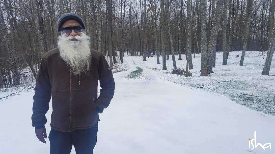 Sadhguru enjoying the snow on the Cumberland Plateau, Tennessee, USA