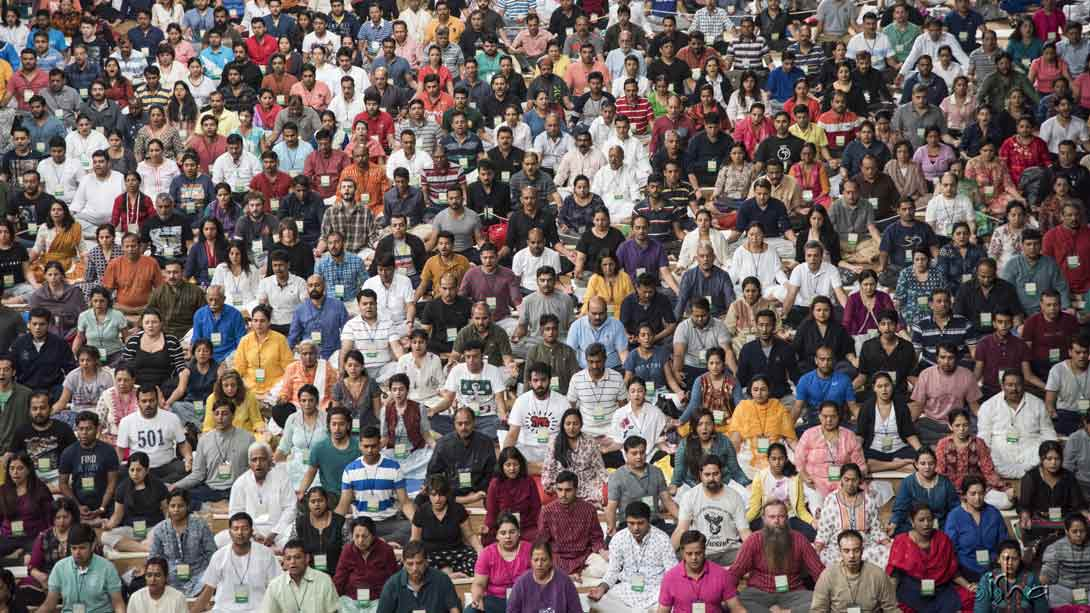 2675 people participated in the recent Inner Engineering with Sadhguru in Mumbai