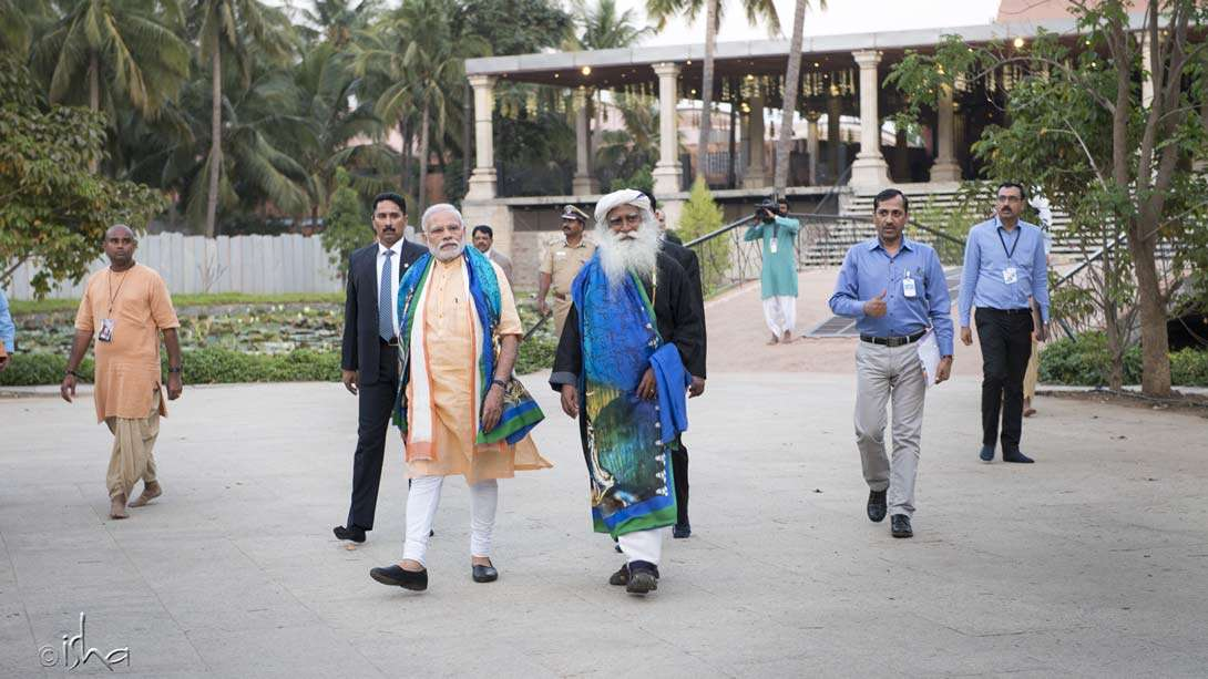 The Prime Minister Narendra Modi and Sadhguru taking a brisk walk to Dhyanalinga for the Pancha Bhuta Aradhana