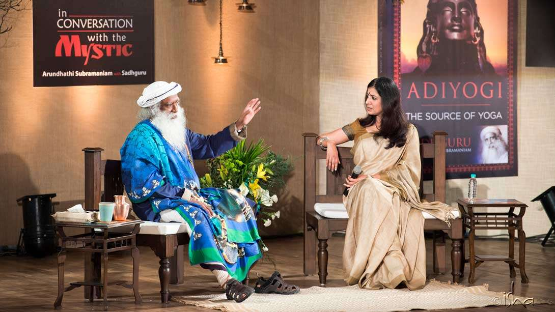Arundhathi Subramaniam in conversation with Sadhguru on the book Adiyogi: The Source of Yoga on 2 June 2017 in Delhi