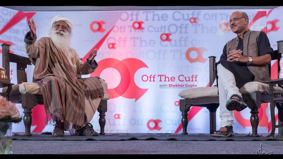 Sadhguru with Shekhar Gupta on 3 June 2017 in Mumbai for the recording for NDTV's Off the Cuff