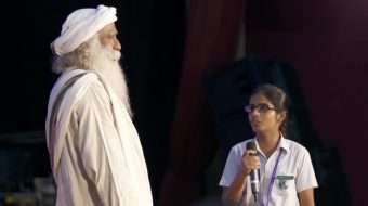 Children Ask Sadhguru About Rally for Rivers