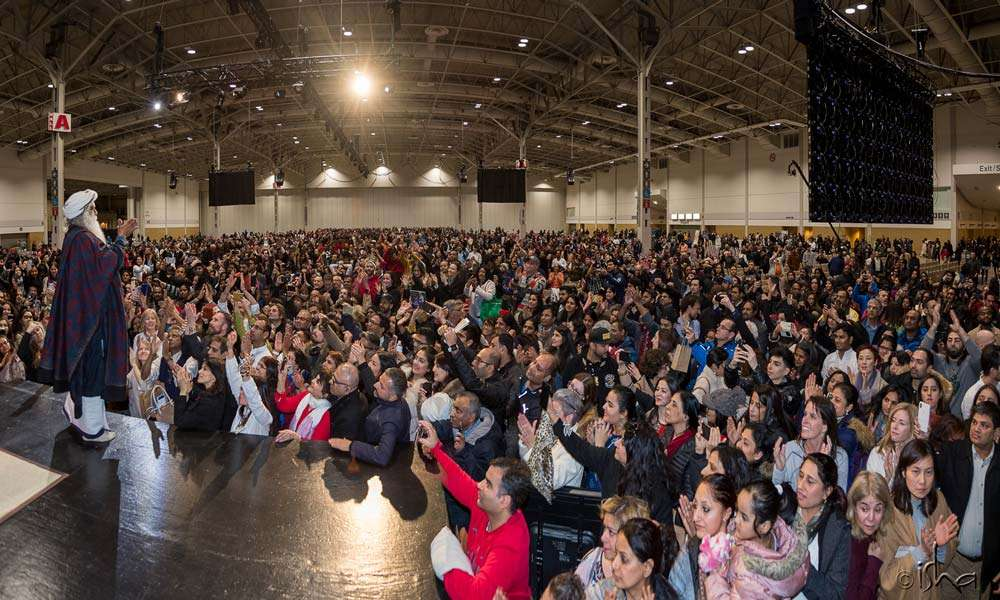 With over 6000 participants, the hall was filled to capacity