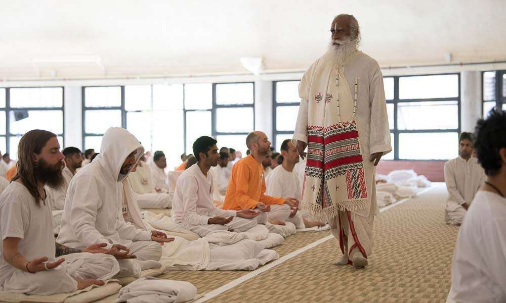 An opportunity to experience deep meditation under the guidance of Sadhguru